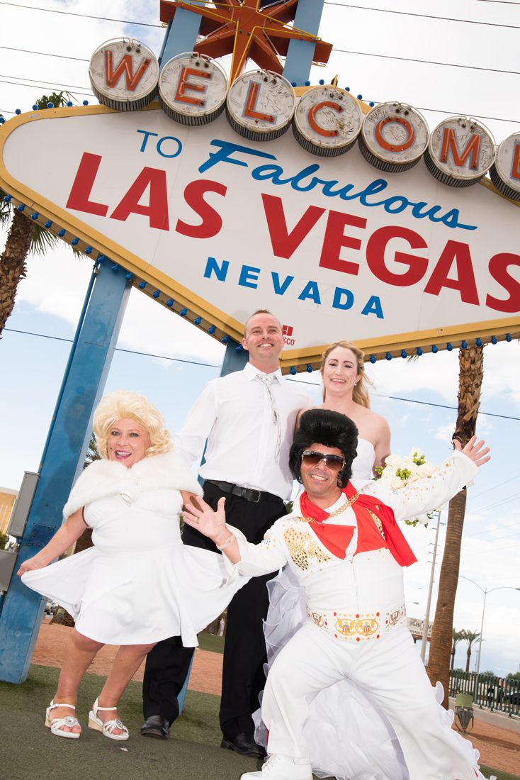 Dimos Las Vegas Sign Wedding 2