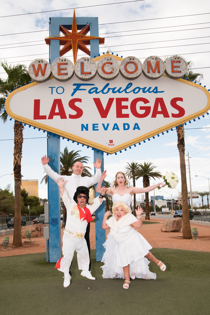 Dimos Las Vegas Sign Wedding 4